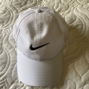 Like new NIKE hat
